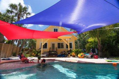 Versatile-otentik sunshade